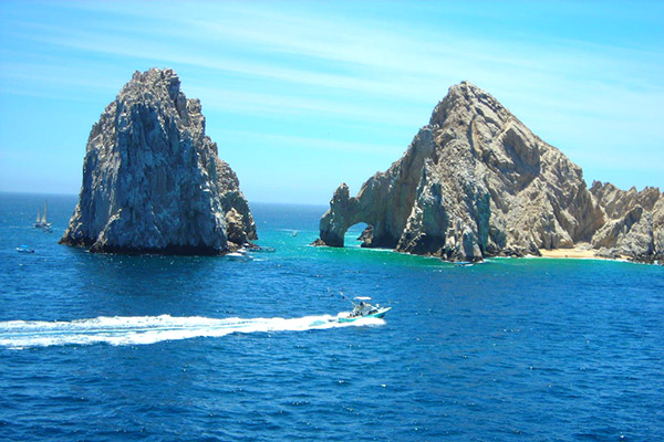 New York NY USA (LGA) – Cabo San Lucas Mexico (SJD) from $286 Round Trip